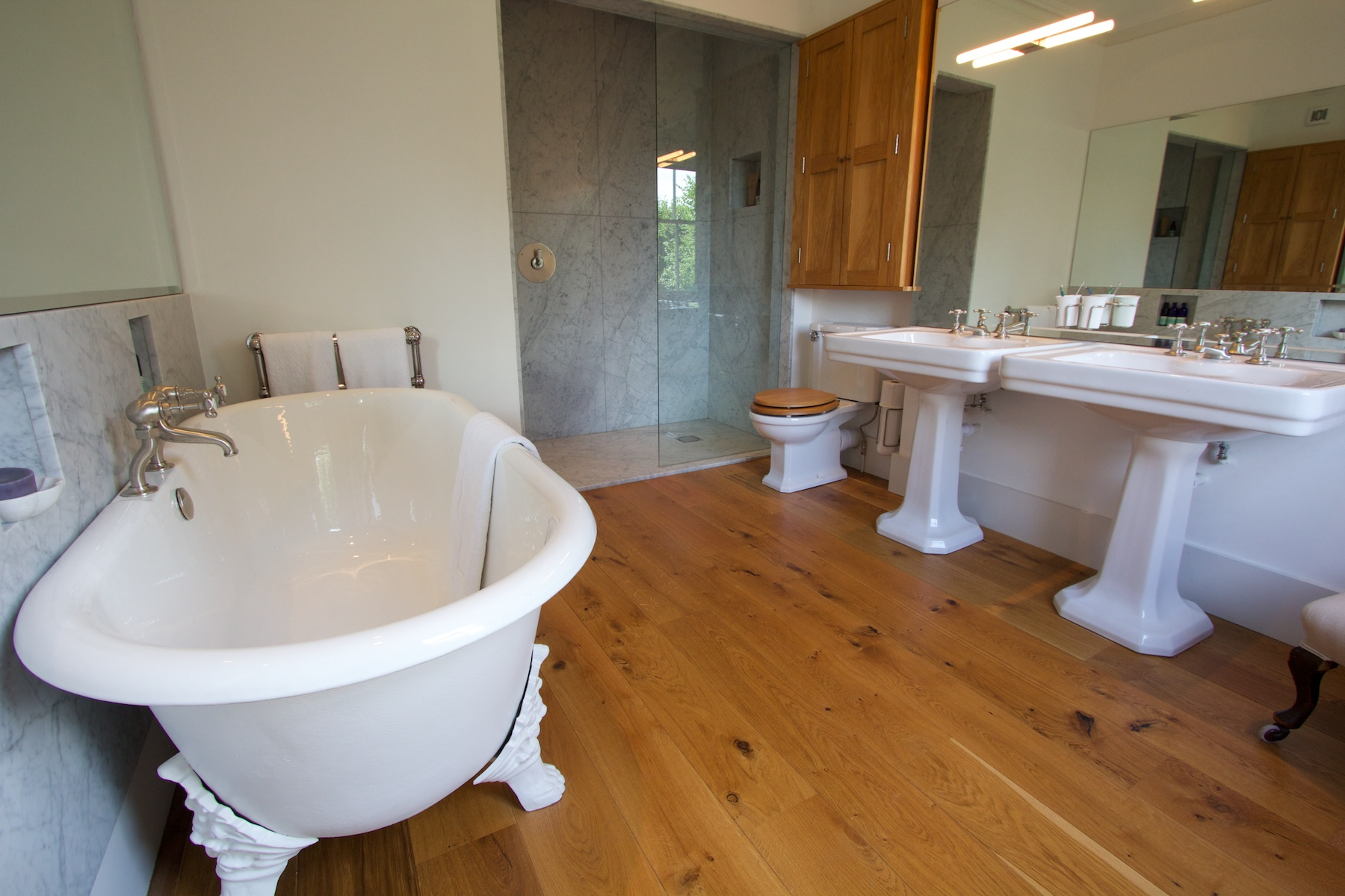 Private house north london brice design consultants for Bathroom design north london